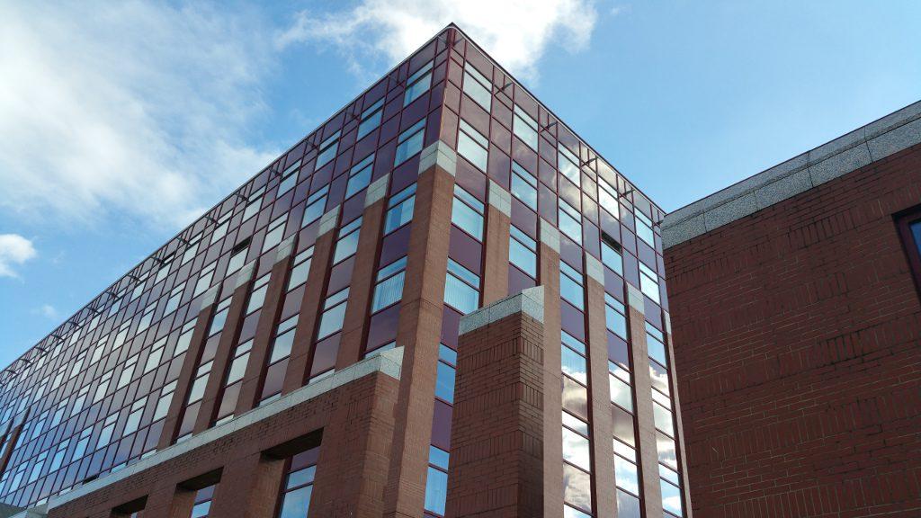 ELTE IK épület képe